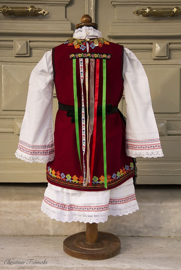 THRACE - Girls' costume from our collection - copies of traditional costumes