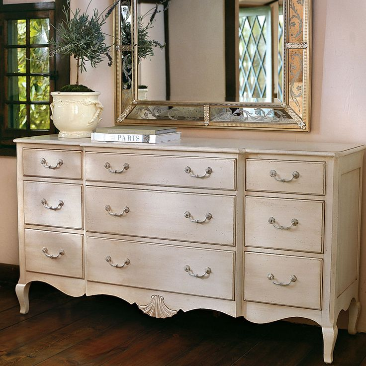 99 best images about vintage on pinterest queen anne furniture and windsor for Ethan allen country french bedroom