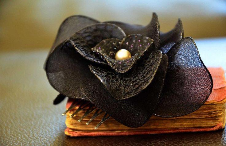 Black headpiece Wedding hair comb Black fascinator Orchid flower Wedding headpiece Wedding hair accessory