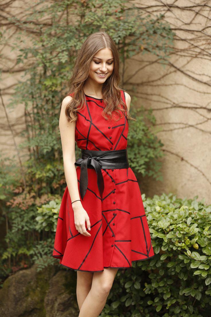 vestido de festa curto casual vermelho geométrico cinto couro laço