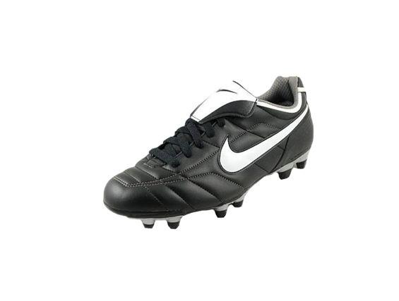 Buty do Piłki Nike Tiempo Mystic (310115011)  http://www.bestsport.com.pl/produkt,Buty-do-Pilki-Nike-Tiempo-Mystic--310115011-,310115011,2774   Marka:Nike Symbol:310115011 Płeć:Mężczyzna Dyscyplina:Piłka Nożna Dodaj do koszyka    Cholewka: skóra naturalna Inny materiał   Kolor: Czarny, biały  #buty #sport #piłkanożna #obuwie #korki #butydopiłki #nike