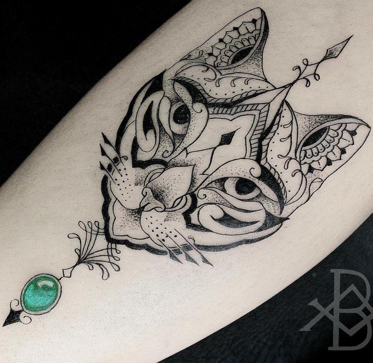 Gato Egípcio da Rafaela :) Gratidão brunoalmeida.art@gmail.com #linework #darkartists #btattooing #onlyblacktattoos #blxckink #tattrx #blackworkerssubimission #blackwork #linework #tattoo #bw #dw #blackartists #tattoos #blacktattoomag #ttt #blxckwork...