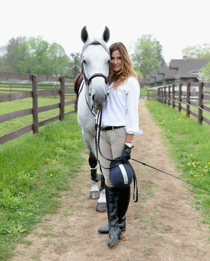 Kelly Bensimon Photos: Kelly Bensimon Rides Her Horse At The Old Westbury Equestrian Center