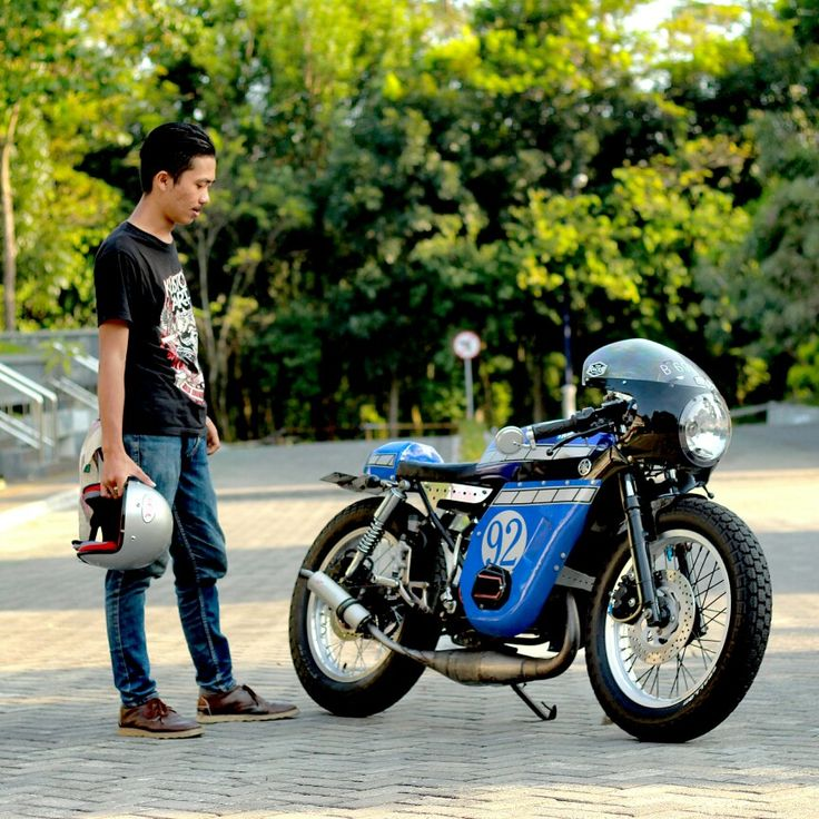 My Yamaha RX K 135 Caferacer got new clothes.. xoxo