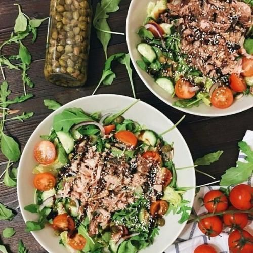 Салат с тунцом и каперсами: | Еда, Салаты, Кулинария