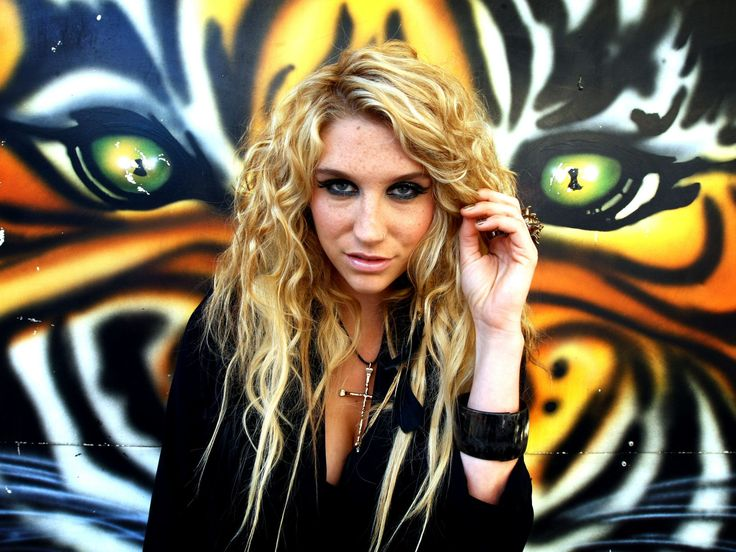Google Image Result for http://www.celebritydesktopwallpapers.com/wp-content/uploads/2011/01/Kesha-004-1600x1200.jpg