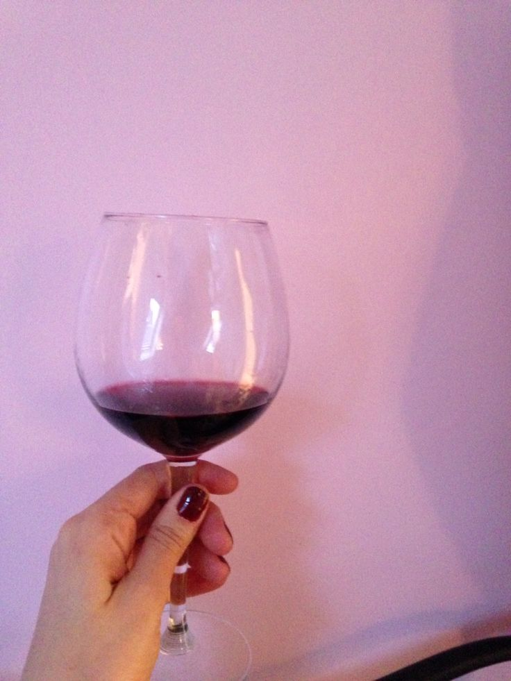 Red wine and pink walls. Story of my life. :)