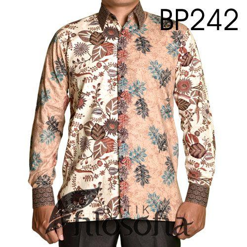 Kemeja Batik Dua Motif dengan Kode BP242, merupakan batik printing yang terbuat dari bahan katun. Di bagian dalamnya terdapat furing yang terbuat dari katun. Harga untuk kemeja batik kode 242 ini adalah Rp.275.000