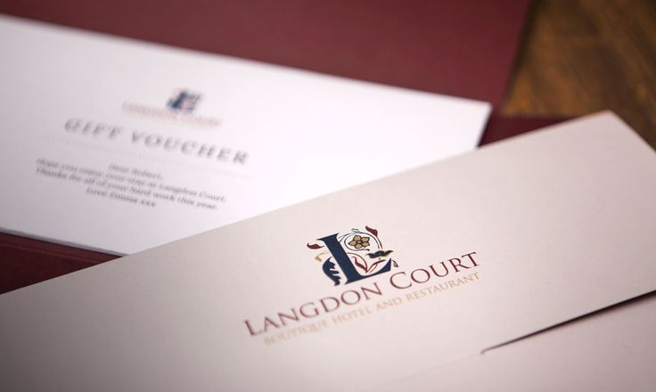 Christmas is a time of year for celebration, indulgence, laughter and sharing with family and friends. Visit www.langdoncourt.com for our 4 Christmas gift ideas that are are great way to treat the ones you love.  1. A luxury new year stay – relax, refresh and indulge yourself (from £99 / night)  2. A Winter Getaway – Dinner Bed & Breakfast from £149 x 2 guests  3. Langdon Court Gift vouchers  4. The Ultimate treat for any cake lover