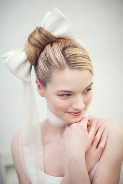 Whimsical bridal hairdo!-pin it by carden