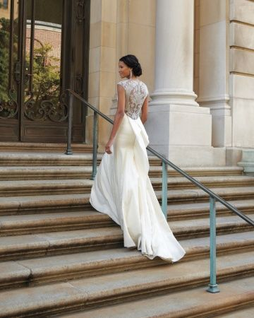 """The sheer embroidered back of this Lela Rose """"Tompkins Square Park"""" gown is divine"""