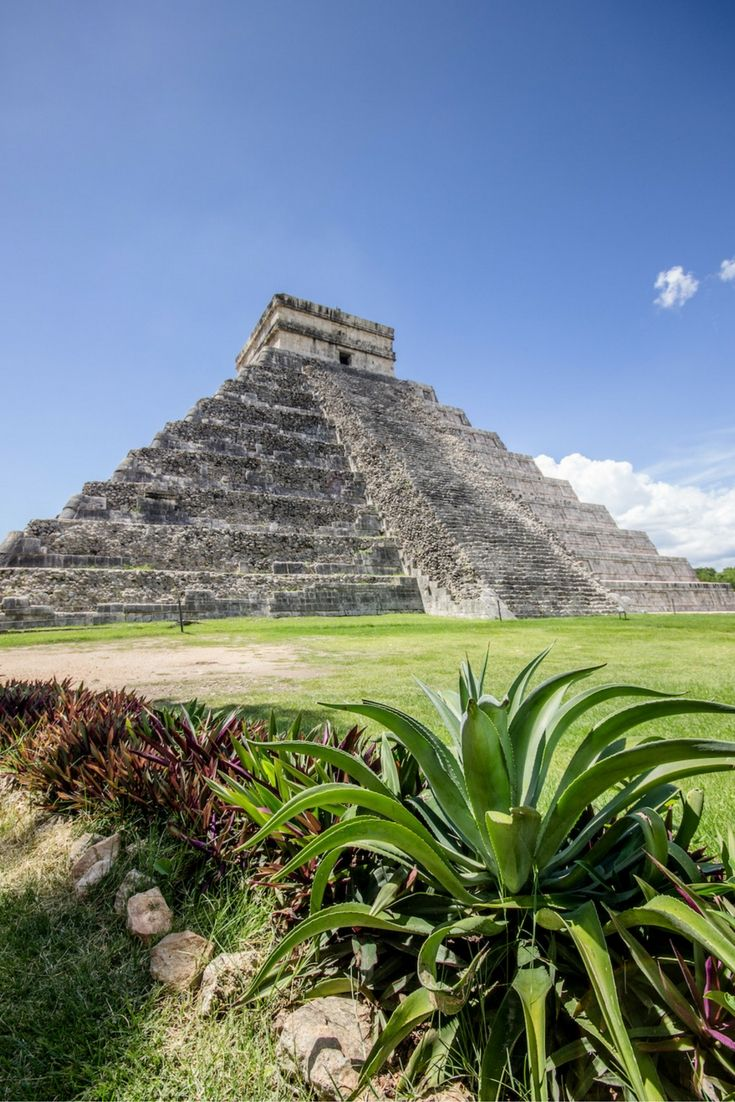 Chichén Itzá's relics are one of Mexico's top attractions and a wonder of the world. Here are some tips you need to know before visiting the iconic site.