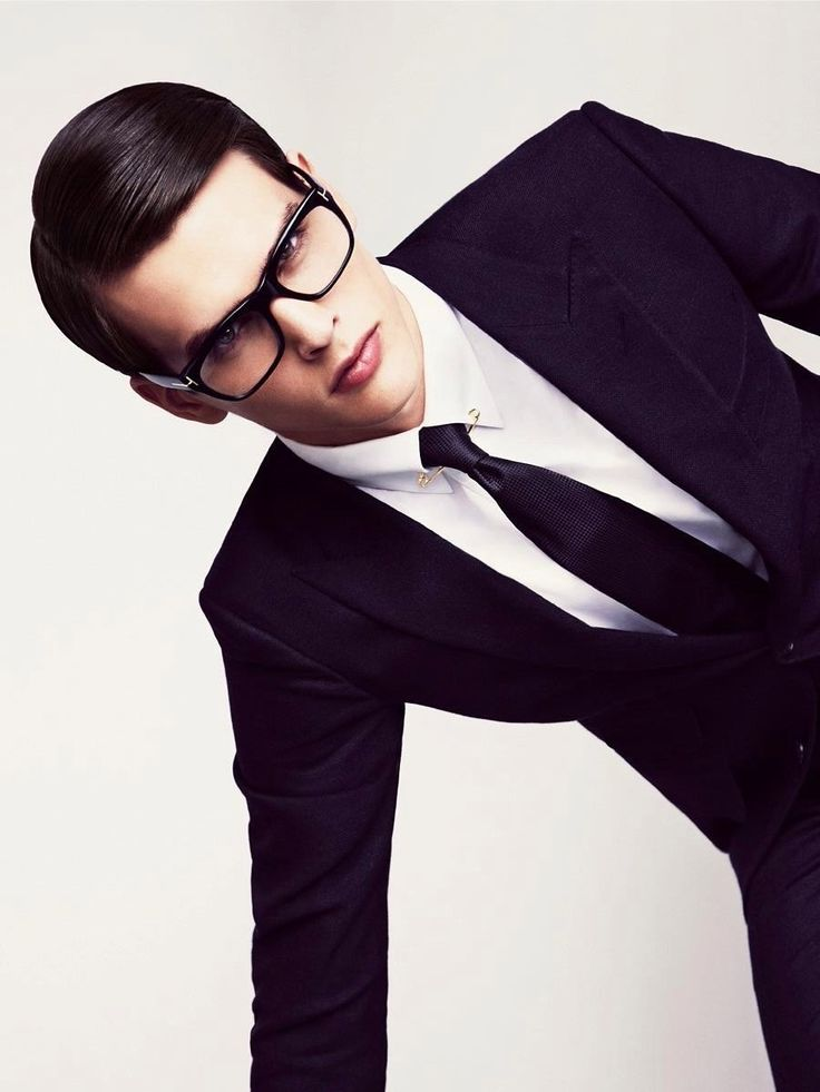 Tom Ford -- men's suit, menswear style