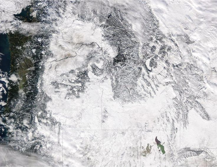 https://flic.kr/p/R2hpF3 | NASA Sees Storms Affecting the Western U.S. | Extreme rain events have been affecting California and snow has blanketed the Pacific Northwest. This visible image from NASA's Aqua satellite on Jan. 6, 2017, at 3:35 p.m. EST (20:35 UTC) shows snow cover in the U.S. Pacific Northwest in Washington, Idaho, Oregon, northern California and Nevada.  On Jan. 9, another area of low pressure moved over Oregon, where the National Weather Service is forecasting heavy snows…