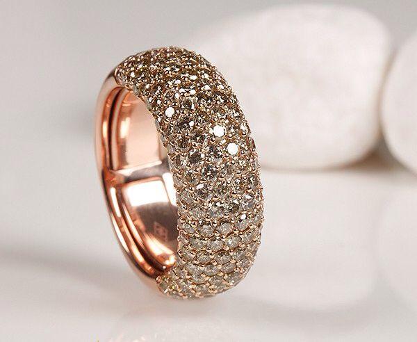 Diamonds pavé ring