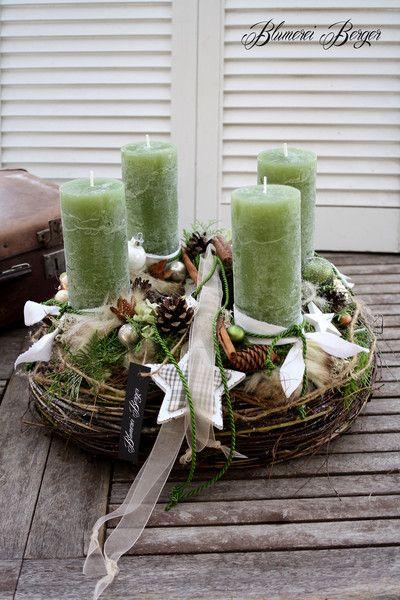 """Adventskranz - :::: Adventskranz """" Grüne Weihnacht """" :::: - ein Designerstück von BlumereiBerger bei DaWanda"""