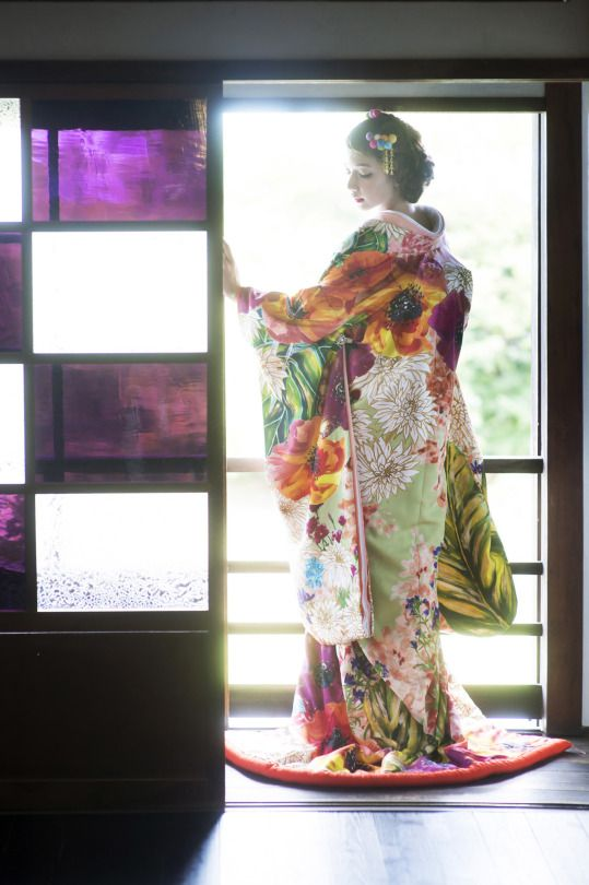 Nippon-Graph. Tokiwa ときわ Bridal Core ブライダルコア - Tokushima 徳島 wedding kimono shop - Kimono model : Mix Flower Paradise ミックスフラワーパラダイス - Japan - 2015