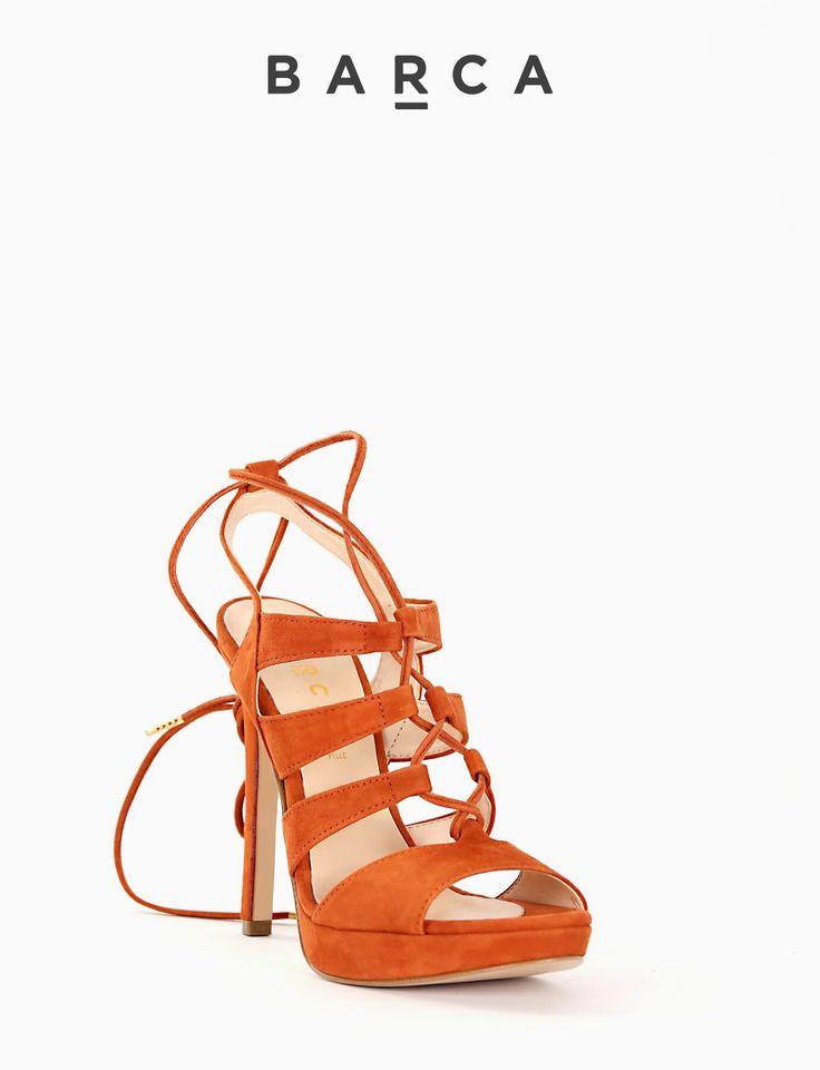 #Sandalo #tacco 110 e plateaux 2 cm, fondo gomma e soletto in vera pelle, tomaia in morbido camoscio, laccetto da annodare in #camoscio.  COMPOSIZIONE FONDO GOMMA, SOLETTO VERA PELLE  COLORE #CUOIO  MATERIALE #CAMOSCIO  #shoes #sandali #heels #springsummer #fashionblogger #fashion #tacchi