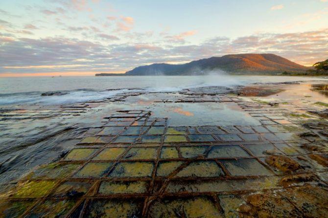 Tasmania Attractions - Tessellated Pavement at Eaglehawk Neck on the Tasman Peninsula