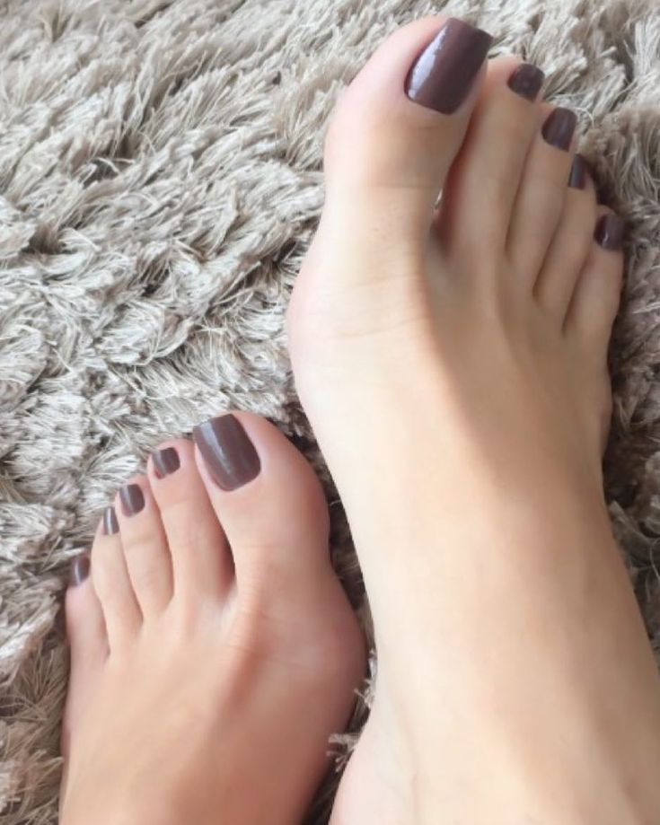"1,287 Likes, 13 Comments - OsmaisbelospesdoIG (@osmaisbelospesdoig) on Instagram: ""@gelecampos #pés #pezinhos #pésfemininos #feet #footfetishnation #feetstagram #toes #beautifulfeet…"""