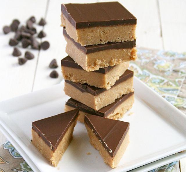 Sütés nélküli csokis-mogyoróvajas sütemény pillanatok alatt (videó) - www.kiskegyed.hu