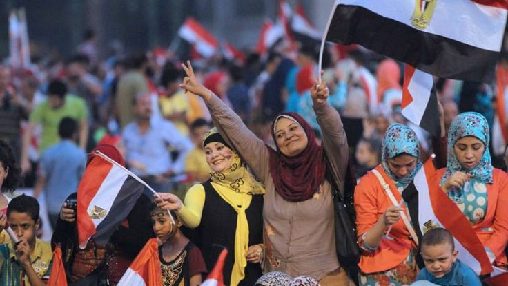 3 jaar cel voor belediging Egyptische vrouwen | NOS