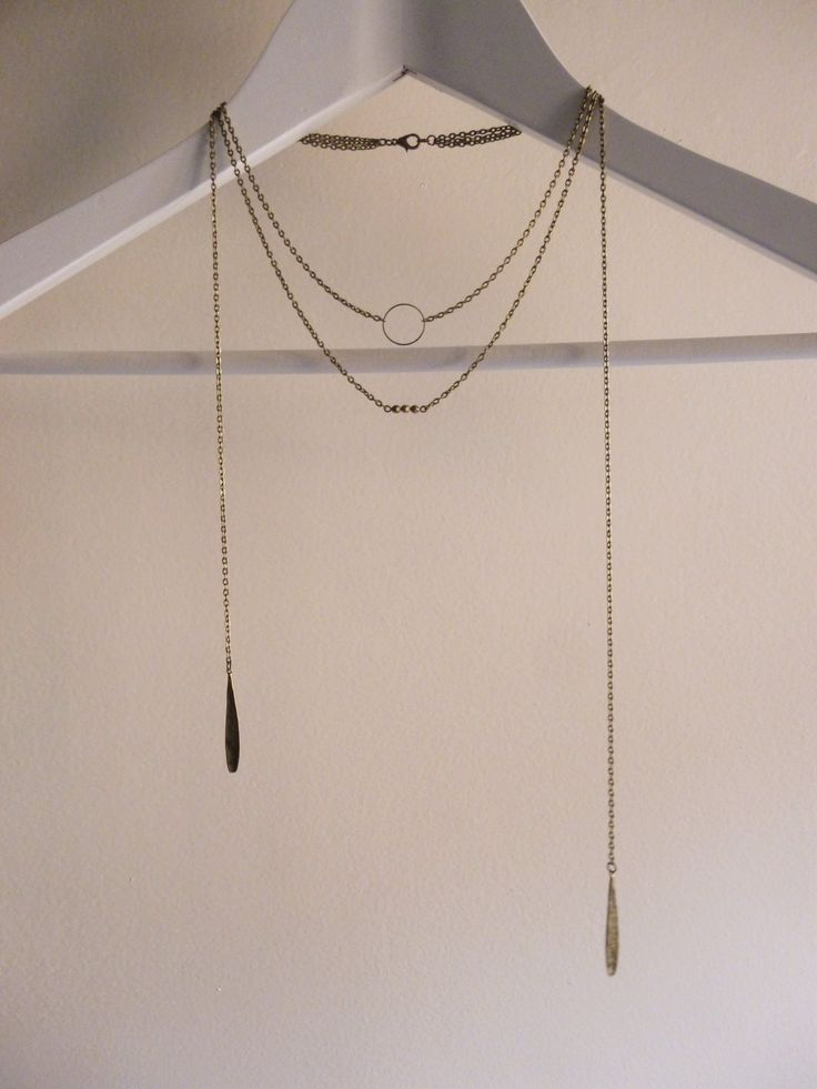 Sautoir ou bijou de dos bronze trois ranges anneau avec gouttes et perles : Collier par les-bijoux-d-aki