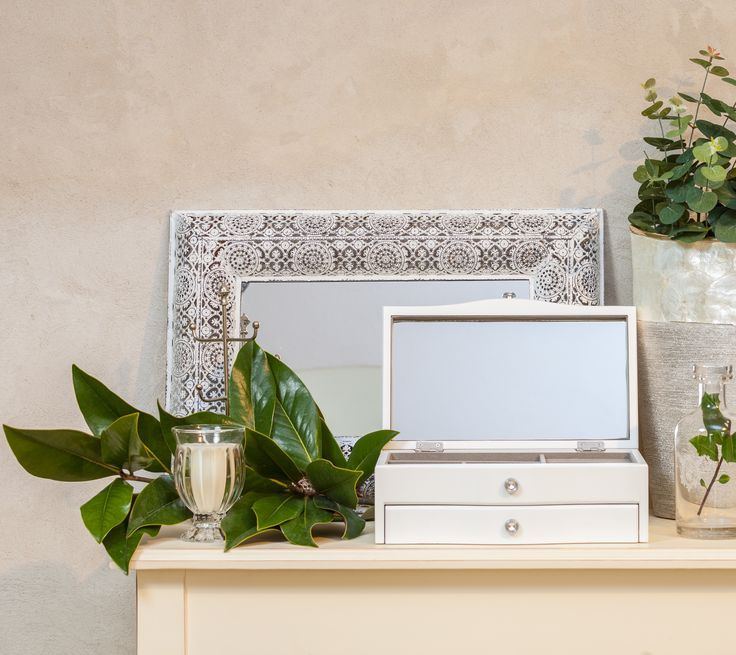 Wonderful presents for ladies. Ivory wooden Jewelry boxes and Crystal Silver Mirrors