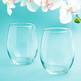 It's clear that these Perfectly Plain Collection Stemless Wine Glasses are a versatile way to inspire a truly memorable toast on your special day. Are you looking for wine wedding favors that are uniquely useful and something you can call your own? http://www.favorfavor.com/page/FF/PROD/3421
