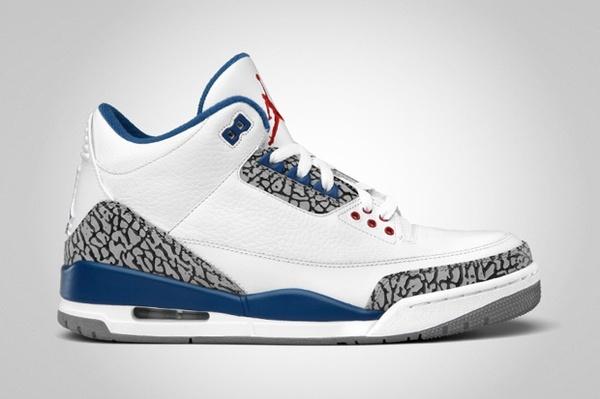Jordan Retro 3s (True Blues) stylin