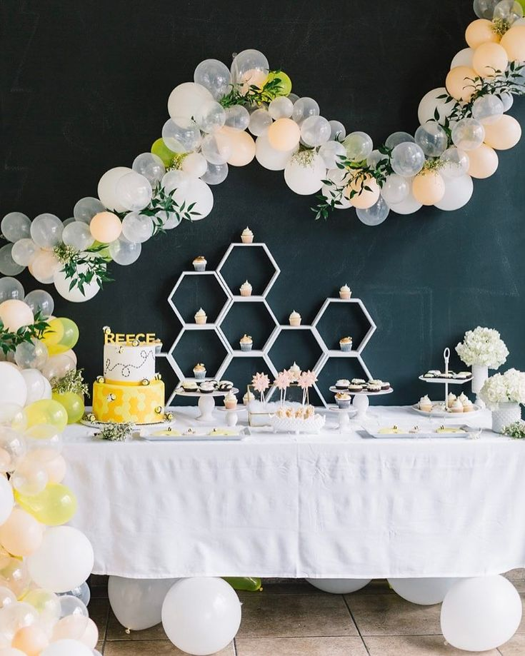 """684 Likes, 15 Comments - 100 Layer Cakelet (@100layercakelet) on Instagram: """"Cutest lil' dessert table we've seen in a long time, right here. Super fun take on a themed…"""""""