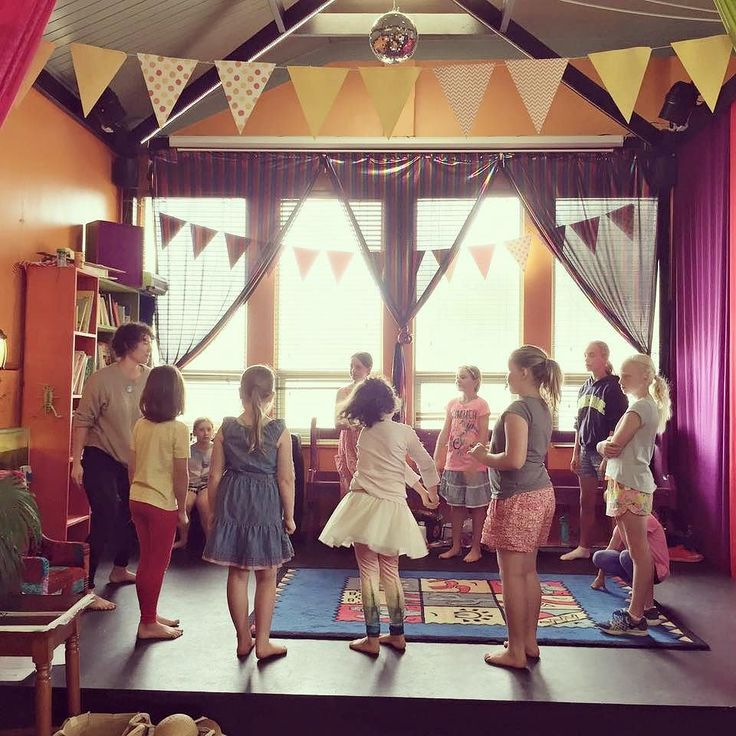 That's a wrap! 3days of outrageous fun in Port Fairy #theatre #causethedrama #bebold #teachersays #blarneybooksandart #happy #geniusesatwork #summer #workshops #moyneyanafestival #portfairy #rural_riot #zap by emilydalkin