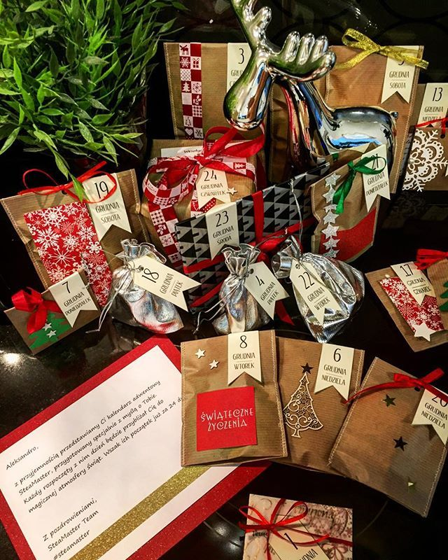 #chyba #byłam #grzeczna #w #tym #roku ☺️ @steamaster dziękuje za wspaniałą niespodziankę ❤️❤️❤️❤️❤️❤️ niesamowity prezent  #christmas #gift #kalendarz #niespodzianki #beautifulday #lovley #christmas2015 #instapic #adwent #kalendarz #adwentowy