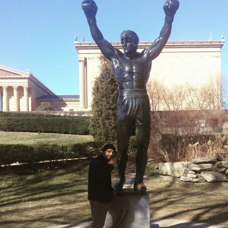Philadelphia Art Museum #rocky #balboa #statue #motivationmonday #insparational #motivation #trainer #title #boxing #club #fit #fitnessmotivation #fitnessinspiration #fitnesslifestyle #gym #muscle #fitness #muscles #training #philadelphia #art #museum