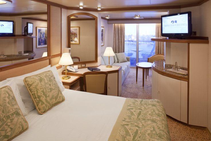 Cruiseline: Princess Cruises Ship name: Emerald Princess Year built: 2007 Room: Mini-suite with Balcony:)