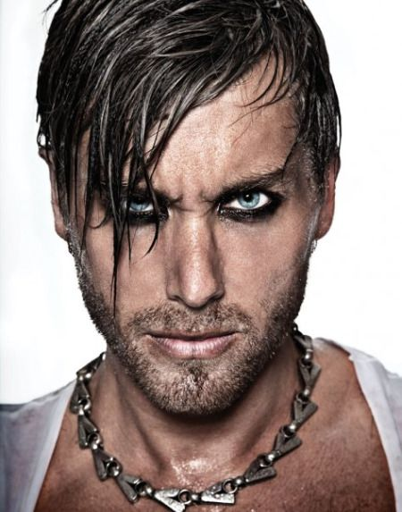 Lance Bass #guyliner                                                                                                                                                      More