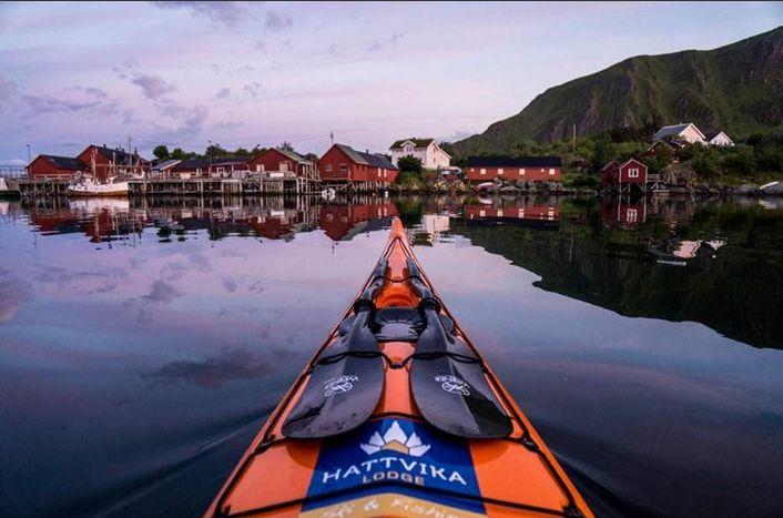 Sommerpadling Kayak Kajakk 2016 med Runhild Olsen og Ut i Lofoten på #HattvikaLodge