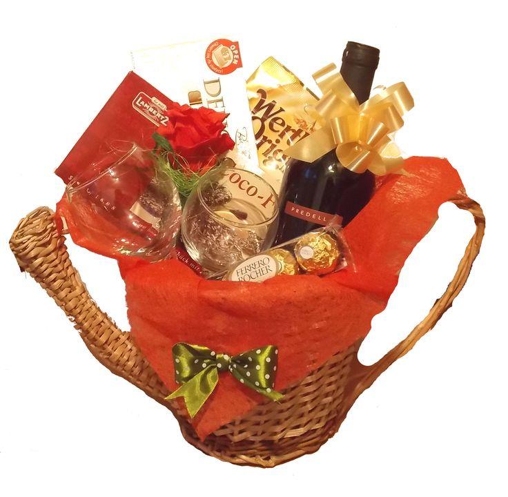 Stropitoare cu cadouri www.venellagift.ro
