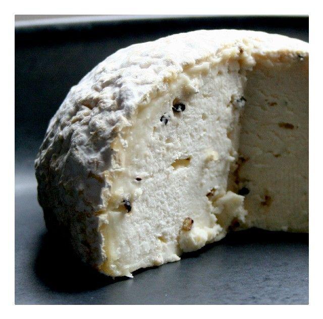 Gaperon d'Auvergne Cheese