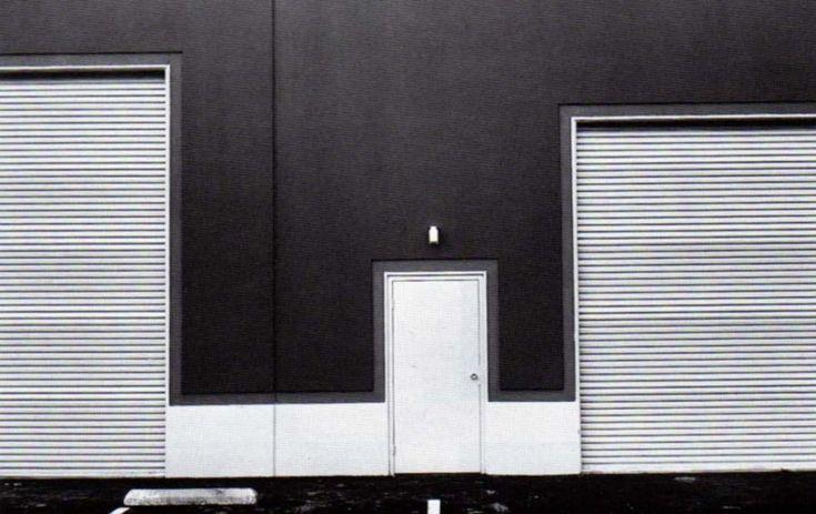 Lewis Baltz: Fotografiando puertas
