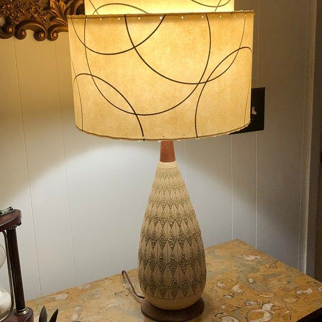 Mid Century Vintage Style Tapered 3 Tier Fiberglass Lamp Shade Starburst Atomic Wht Trq In 2020 Lamp Shade Mid Century Style Vintage Table Lamp