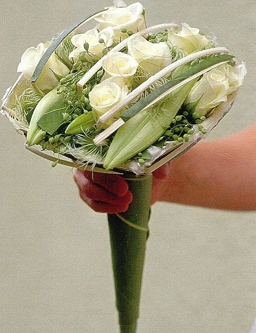 Modern bridal bouquet - white roses and lilies  ~ Sampermans bloemen - en tuincentrum
