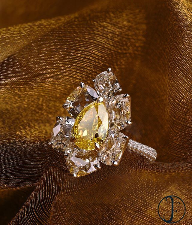 A 4ct Fancy Vivid Yellow Diamond Ring by FORMS #formsjewellery #highjewelry…