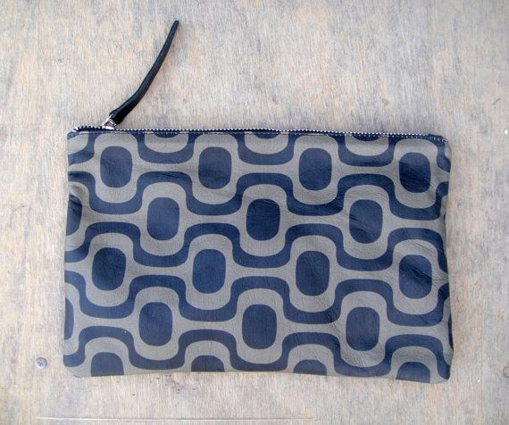 Handmade leather pouch calf leather with geometrical by byCACHE