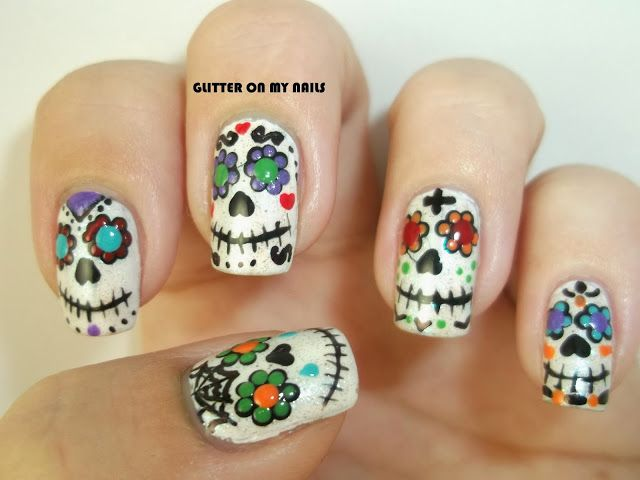 GLITTER ON MY NAILS: SUGAR SKULLS