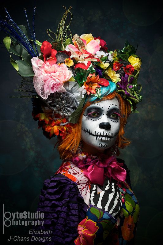 Day of the Dead. Amazing costume and Artwork. Beautiful Sugar Skull Face. Dia de los Muertes