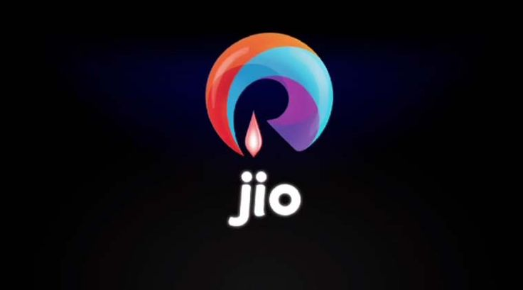 Business & Entertaiment News@now: RCom to provide 4G at Rs 93 for 10 GB data on RJio...