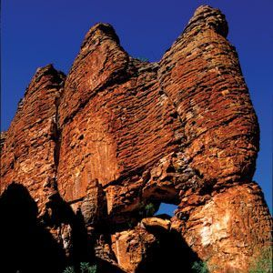 THE LOST CITY - Cape Crawford is a remote stop situated at the northern extremity of the Abner Ranges. The Abner Ranges are home to the impressive towering sandstone formations, covering an area of approximately 8 square km, known as the Lost City. These amazing natural skyscrapers were formed over 1.4 billion years ago, fashioned by years of erosion by what was once an inland sea. Helicopter flights which land in the Lost City give access to 4WD tours of the area and its natural attractions