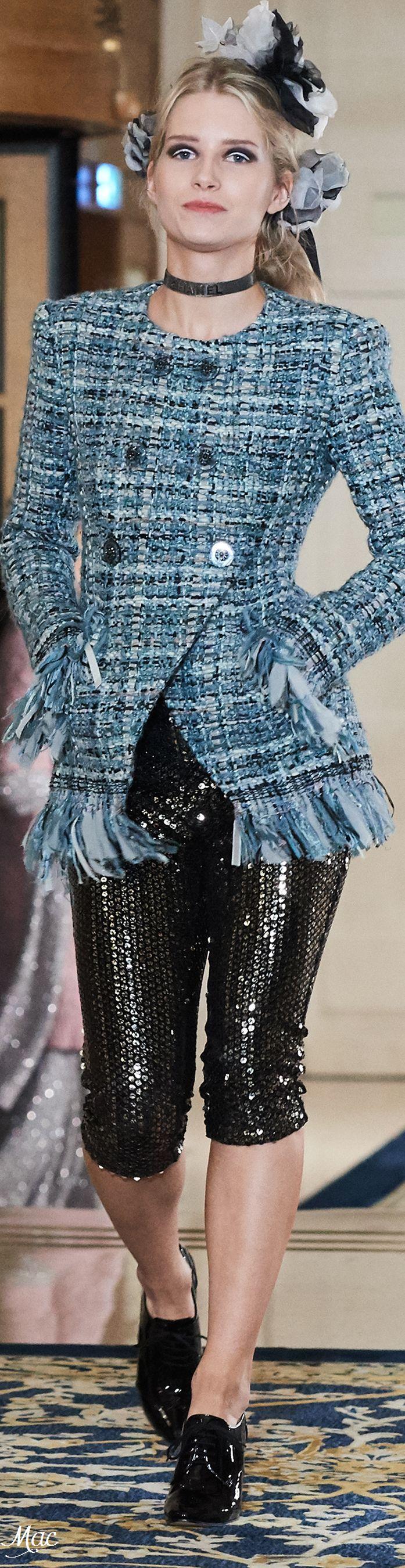 www.2locos.com Pre-Fall 2017 Chanel Metier d'Art .....like the jacket here