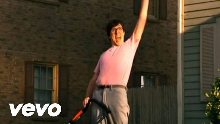"""""""Weird Al"""" Yankovic - White & Nerdy (Official Video). This should be the new song of Tumblr. It's amazing."""